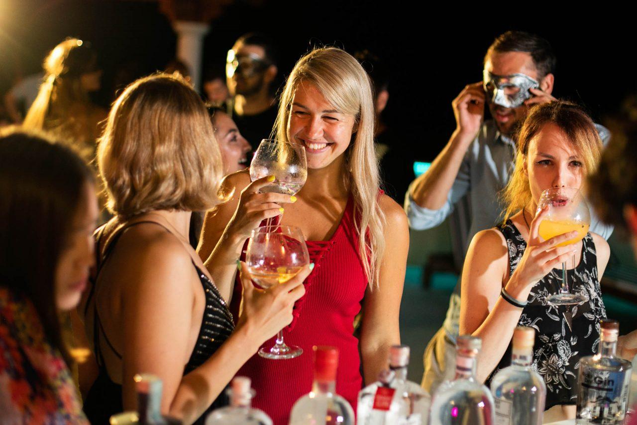 the villa week, gin tasting